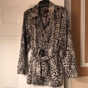 Lightweight jacket in animal print